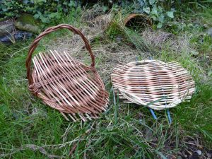 photo willow tray and platter