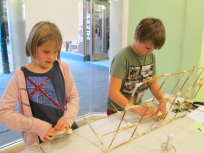 creating a willow frame