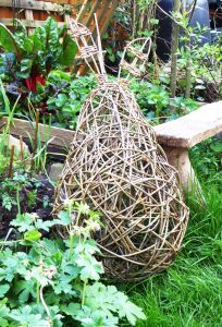 pic of willow pear sculpture in garden