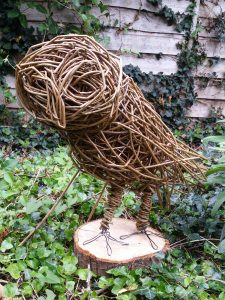 pic of Willow owl Sculpture